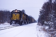 PREMA in the snow (ujka4) Tags: snow wisconsin wi prema altoona sd402 cnw chicagonorthwestern 6821