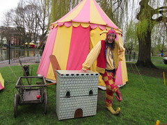 100:365, 2016, Laughing at the rain IMG_5145 (tomylees) Tags: park castle project town jester saturday fair april 365 lower 9th essex colchester coutry 2016