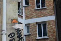 Invader_5514 Paris 15 (meuh1246) Tags: streetart paris spaceinvaders invader mosaque paris15 boulevardlefebvre