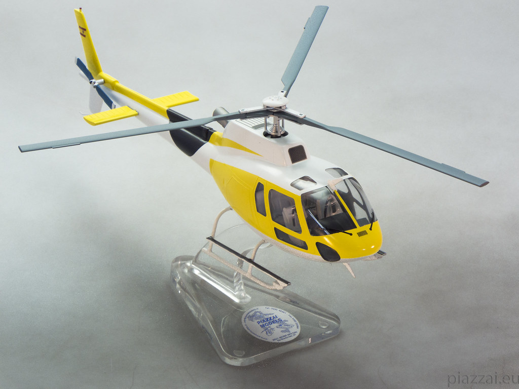 Elicottero 1 32 : The world s best photos of eurocopter and modello flickr
