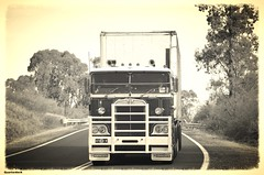 Denny (quarterdeck888) Tags: nikon flickr transport frosty semi lorry trucks express denny olddays logistics winton kenworth bigrig overtheroad haulage quarterdeck vintagetrucks oldtrucks cabover class8 heavyvehicle cartage roadtransport heavyhaulage truckies d7100 highwaytrucks aussietrucks australiantrucks expressfreight australiantransport freightmanagement jerilderietruckphotos jerilderietrucks outbacktrucks crawlingthehume quarterdeckphotos humetrucks
