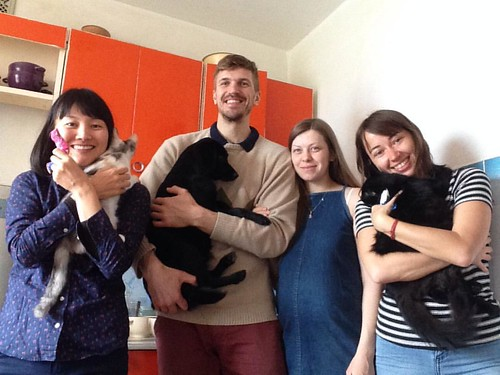 Saturday morning with Couchsurfing guests from Malaysia and Japan #couchsurfing #baranovichy #funnyhouse