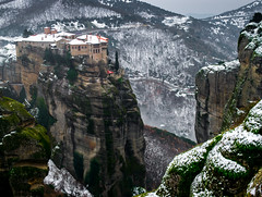 Varlaam monastery (MaRC0B) Tags: snow mountains greece monastery meteora kastraki varlaam