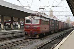 BDZ 42 184, Sofia 2013-02-03 (Michael Erhardsson) Tags: station train europa sofia central bulgaria resa lok tg bulgarien jrnvg 2013 bdz ellok