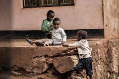 Boys (Jérhum) Tags: boys kids canon de tanzania soleil african safari l lever 6d tanzanie 24105mm