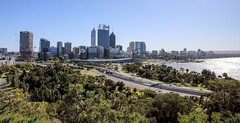 62+160: Perth from the Park (geemuses) Tags: skyline architecture perth kingspark westernaustralia viewcities