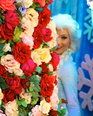 All Hail Queen Elsa (jordanhall81) Tags: world park street usa snow ice face look norway festival frozen orlando power florida character magic main go kingdom it disney parade resort queen fantasy theme troll wdw walt performer let elsa mk alike fof of arendale