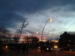 Atardecer desde El Guinard (bcnbelu84) Tags: sol puestadesol ocaso anochecer crepsculovespertino