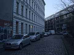 Rollberg_e-m10_1002134827 (Torben*) Tags: street berlin strasse neukoelln mittelweg rollberg rawtherapee olympusm17mmf18 olympusomdem10