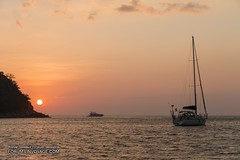 IMG_2679BS (forum.linvoyage.com) Tags: ocean sunset sea sky people nature thailand gold golden boat ship yacht outdoor speedboat sail vehicle minimalism phuket      naiharn     yanui    phuketian forumlinvoyagecom httpforumlinvoyagecom phuketphotographernet