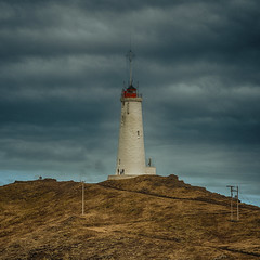 weisser Leuchtturm (swissgoldeneagle) Tags: winter lighthouse white island is iceland d750 weiss leuchtturm suðurnes