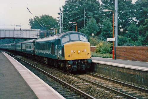 19860806 019 Radlett. 45126 (D32) Hurries Northwards With 1D54 16.35 St Pancras-Nottingham