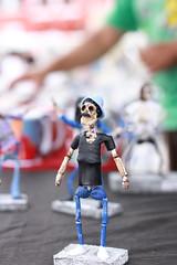 feira_largo-44 (Ismael Alencar) Tags: street urban monochrome photography miniature artesanato pb feira curitiba artistas rua miniatura musicos zumbi bonecos