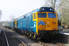 50 050 (D400) + 50 007 (D407) - Thuxford (GreenHoover) Tags: hoover fearless mnr englishelectric class50 thuxford d400 50007 siredwardelgar d407 railblue 50050 midnorfolkrailway 50050fearless 50007hercules