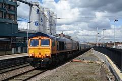 "GB Railfreight Class 66/7, 66763 (37190 ""Dalzell"") Tags: warrington gm shed fred bluebird generalmotors class66 bankquay gbrailfreight gbrf 66763 class667 europorte"