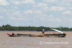 Life on the delta (10b travelling) Tags: water river asian boat asia asien southeastasia vietnamese delta vietnam transportation asie mekong indochine indochina 2015 bentre tenbrink carstentenbrink iptcbasic 10btravelling