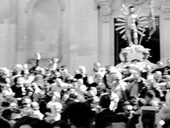 (silviasalvi) Tags: people blackandwhite bw italy motion blur monochrome easter italia religion sicily movimento pasqua mosso sfocato religione scicli folla ritualceremony nikond7000 silviasalvi misteripasquali