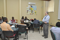 Peter Kulakow (standing) speaking at the team building workshop (IITA Image Library) Tags: workshop breeding nigeria teambuilding cassava ibadan manihotesculenta