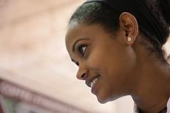Sourire d'Addis Abeba (Pi-F) Tags: woman smile face person gesicht femme profile young ethiopia frau sourire glance blick profil visage regard lcheln jeune thiopien ethiopie jugendlicher