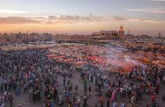 Plaza jemaa el fna. Marrakech (Zu Sanchez) Tags: africa sunset atardecer morocco maroc marrakech marrakesh marruecos hdr plazajemaaelfna zsnchez zusanchez marrakeshnightmarket