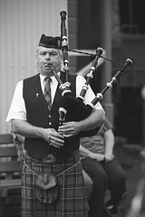(Paul J's) Tags: man event bagpipes stratford taranaki pipeband pioneervillage thewaryears