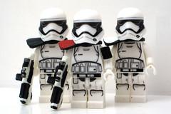 Stormtroopers First Order II (Blacktron2011) Tags: star order force lego first figure stormtrooper wars custom heavy gunner commander awakens