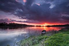Sunset @ Combleux (Superdam76) Tags: sunset water river eau ciel nuage nuages paysage loire goldenhour coucherdesoleil fleuve orlans loiret cielnuageux combleux heuredore filtregnd06 filtregnd09