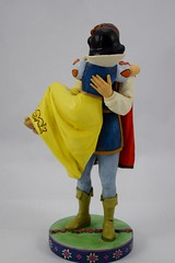 Jim Shore's ''Happily Ever After'' Figure - Snow White and the Prince - Disneyland Purchase - Deboxed - Full Right Side View (drj1828) Tags: california us disneyland anaheim boxed purchase dlr theprince snowwhiteandthesevendwarfs 2016 jimshore
