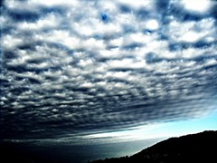Caressing the clouds (D@GU) Tags: sky white mountain black clouds grey nuvole grigio outdoor samsung ground cielo terra montagna bianco nero allaperto
