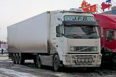 Volvo FH12.460   089  72 (RUS) (zauralec) Tags: auto car volvo 72 rus   089  kurgan        fh12460   shoppingcenterhypercity