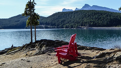 Have a seat and enjoy the view (weber_sd) Tags: ca lake canada mountains chairs alberta banff banffnationalpark lakeminnewanka canadianrockies 2015 improvementdistrictno9