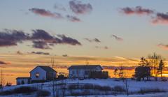 Sunset on the hill (Danny VB) Tags: christmas winter sunset snow canada canon eos december noel qubec whitechristmas 6d gaspsie 2015 christmassunset granderivire noelblanc ef70200mmf28lisiiusm