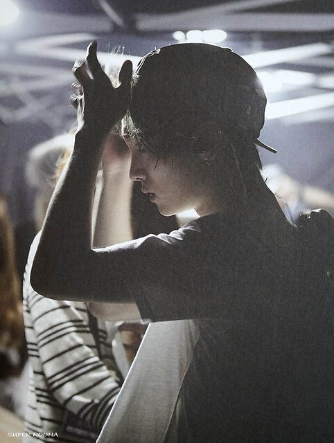 160421 SHINee @ Photobook SHINee World Concert IV 26100791873_8f1f8c50ba_z