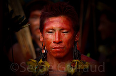Arawet (guiraud_serge) Tags: tribes xingu amazonia amazonie indiens tribos tribus rioxingu arawet sergeguiraud peinturescorporelles ornementscorporels
