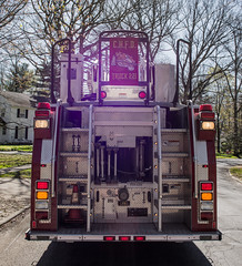 Truck 221 rear - Cleveland Heights Fire Department (Tim Evanson) Tags: hydrant firetruck firedepartment laddertruck clevelandheightsohio clevelandheightsfiredepartment