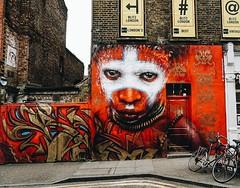 East London. Il luogo dove #Londra si colora. (Viaggio Vero) Tags: travel photo flickr viaggio viaggiovero instagram