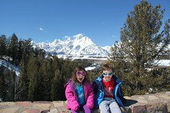Kids at the Snake River Overlook 1 (Aggiewelshes) Tags: travel winter snow april wyoming olsen jacksonhole jovie grandtetonnationalpark 2016 gtnp snakeriveroverlook