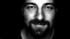Tim... (lichtflow.de) Tags: portrait bw man face canon tim gesicht extreme portrt ef50mmf14 sw mann kontrast festbrennweite ringblitz eos5dmarkiii