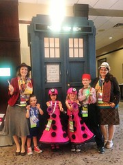 2016-04-23 11.34.57 (Munchkin Cosplay) Tags: who dr drwho dfw whovian kidscostumes whofest kidscosplay whofestdfw whofestdfw2016 dfwwhofest3