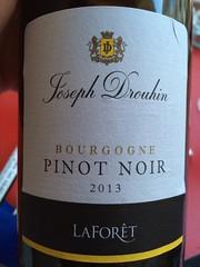 IMG_9269 (bepunkt) Tags: wine winebottle vino wein winelabel weinflaschen etiketten weinetiketten