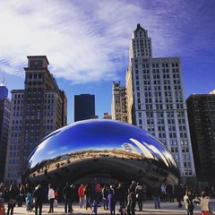 beautiful winter day (ekelly80) Tags: park city chicago art skyline illinois bean millenniumpark cloudgate windycity december2015
