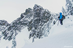 Kodak moment (johnwporter) Tags: hiking snowshoe cascades mountains nationalforest mtbakersnoqualmienationalforest alpinelakes wilderness alpinelakeswilderness snowlake 徒步 雪鞋行 喀斯喀特山脈 山 國家森林 奧卡諾根韋納奇國家森林 高山湖泊 荒野 高山湖泊荒野區 雪湖 atx116prodx tokinaaf1116mmf28 wideangle wideanglelens 廣角 廣角鏡 snoqualmiemountain 史諾夸米山