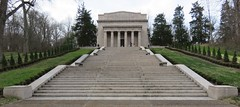 Abraham Lincoln Birthplace National Historical Park Memorial (Larue County, Kentucky) (courthouselover) Tags: kentucky ky presidents abrahamlincoln laruecounty nationalparksystem nationalhistoricalparks abrahamlincolnbirthplacenationalhistoricalpark
