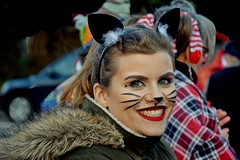 Face in carnival (Kai Beinert) Tags: portrait girl beauty carnival karneval cat kitty katze schönheit mädchen frau dents zähne smile lächeln