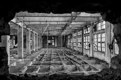 (Farlakes) Tags: paris abandoned decay moulins farlakes