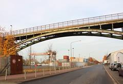 Schwedlerbrcke, Frankfurt am Main 2015 (Spiegelneuronen) Tags: industrie ostend frankfurtammain stadtbild gewerbe ferdinandhappstrase