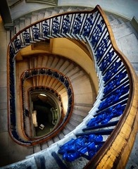 Escaleras del museo Courtauld (jantoniojess) Tags: london stairs londres escaleras escalones courtauld baranda courtauldmuseum museocourtauld