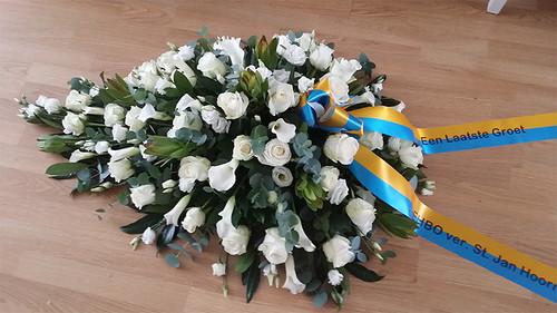 70mm geel blauw rouwlint met zwart bedrukt