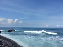 Waves#blue#nature#white#nofilter#reefs#wanderlast#baliguru#dailylife#balilife#echobeach#bali (laorens_victor) Tags: blue bali white nature dailylife reefs echobeach nofilter balilife wanderlast baliguru