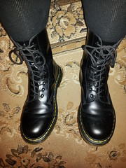 20160322_190209 (rugby#9) Tags: original black feet yellow socks boot hole boots 10 lace dr air 7 icon wear size stitching comfort sole doc cushion soles dm docs eyelets drmartens bouncing airwair docmartens martens dms blacksocks 1490 cushioned wair 10hole bootsocks doctormarten yellowstitching blackdmsocks dmsocks